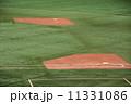 二塁 一塁 野球場の写真 11331086