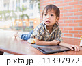 少年 男の子 男児の写真 11397972