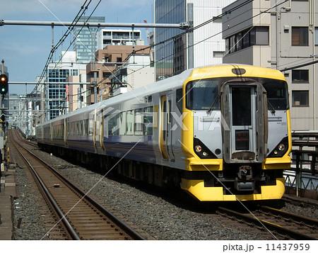 特急新宿さざなみ E257系 浅草橋駅 11437959