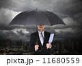 雨 ビジネスマン 実業家の写真 11680559