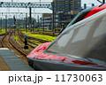 秋田駅に停車中の秋田新幹線E6系・こまち 11730063