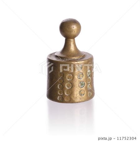 Old brass weightの写真素材 [11752304] - PIXTA