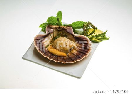 Scallop with asparagus, lime, mint and rosemaryの写真素材 ...