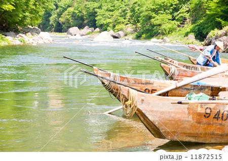 川下り用のボート  鬼怒川  (boats at Kinugawa river, Japan, Tochigi-prefecture) 11872515