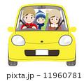 家族と普通自動車 冬 雪なし 11960781