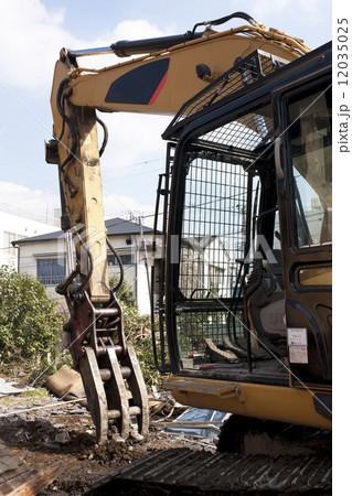 家屋の解体工事現場 12035025