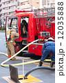 消防隊員 消防士 人物の写真 12035888