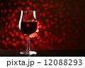 イルミネーションと赤ワイン 12088293