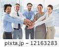 ビジネスマン チーム 同僚の写真 12163283