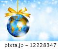 世界のクリスマス 地球儀のオーナメント 平和 12228347
