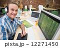 オフィス ヘッドフォン ヘッドフォーンの写真 12271450