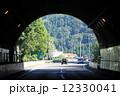高速道路 トンネル 道路の写真 12330041