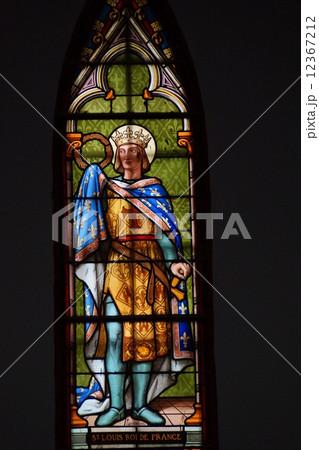 ステンドグラスのマリア像 12367212