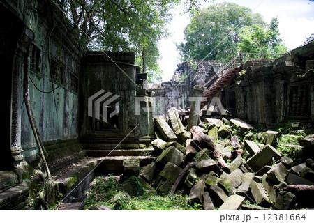 カンボジア ベンメリア遺跡 12381664