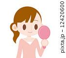 手鏡 女性 ベクターのイラスト 12420600