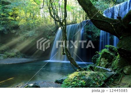 鍋ヶ滝光芒 12445085