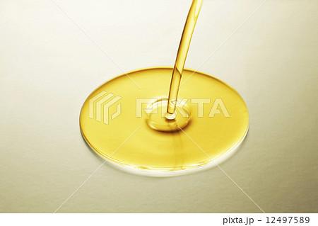 サラダ油 12497589