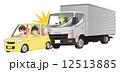 追突 玉突き衝突 事故のイラスト 12513885