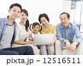 三世代家族 3世代 三世代の写真 12516511