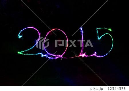 Happy New Year - 2015 sparklerの写真素材 [12544573] - PIXTA