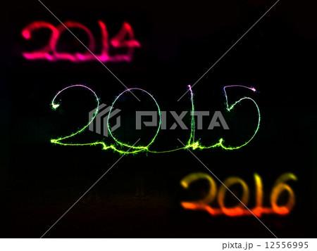 Happy New Year - 2015 sparklerの写真素材 [12556995] - PIXTA