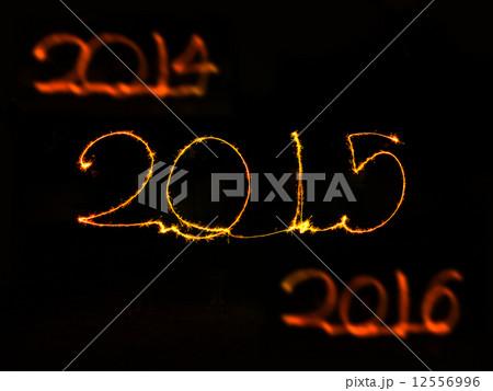 Happy New Year - 2015 sparklerの写真素材 [12556996] - PIXTA