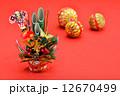 年賀状素材 門松と毬 12670499