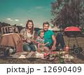 ピクニック ファミリー 家庭の写真 12690409