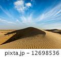 砂漠 砂丘 ラジャスタンの写真 12698536