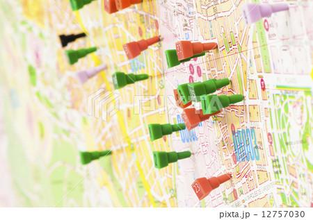 map pinsの写真素材 12757030 pixta