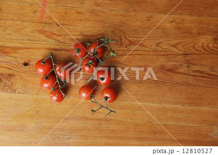 cherry tomatoesの写真素材 [12810527] - PIXTA
