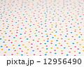 水玉模様の布 12956490