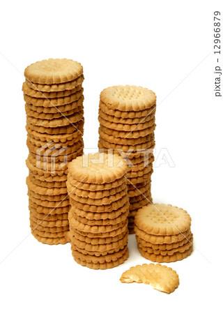 Stacks of cookies isolated on whiteの写真素材 [12966879] - PIXTA