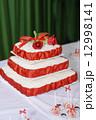 Wedding cake 12998141