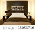 ベッドルーム 13053716