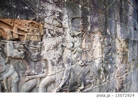 カンボジア アンコールワット 13072924