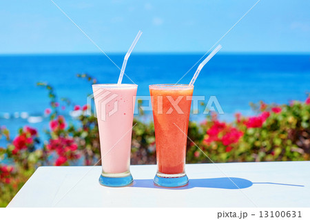 Two delicious fresh juices on a tropical resortの写真素材 [13100631] - PIXTA