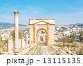 四面門(ヨルダン、ジェラシュ遺跡内北門) 13115135