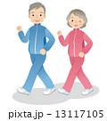 ウォーキングする高齢者 シニア 13117105