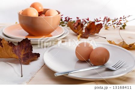 plates with eggsの写真素材 [13168411] - PIXTA