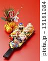 米俵 羽子板 年賀状素材の写真 13181984
