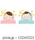 布団で眠る男女 快眠 睡眠 13245523