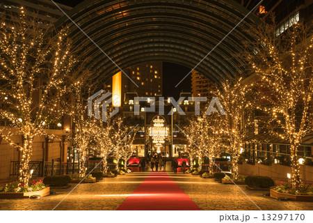 恵比寿ガーデンプレイス クリスマスライトアップ シャンデリア ショウメン 13297170