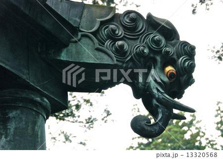 阿蘭陀灯籠の「銅製のバク」(日光東照宮/栃木県日光市山内) 13320568