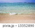 エメラルドブルー 海 南国の写真 13352890