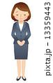 お詫びする女性 スーツ 13359443