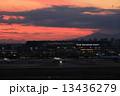 夕焼け 羽田 羽田空港の写真 13436279