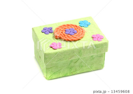 Green Gift box isolated in white backgroundの写真素材 [13459608] - PIXTA