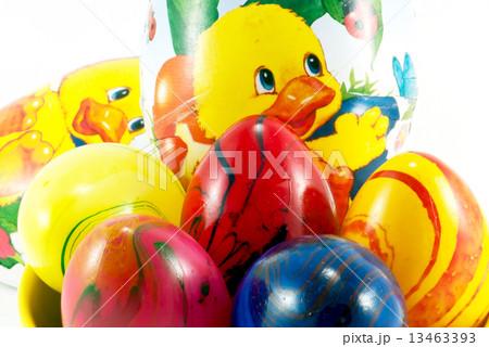 Easter eggs and chickenの写真素材 [13463393] - PIXTA