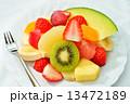 朝食のカットフルーツのイメージ。 13472189